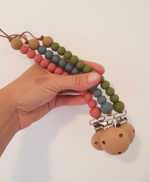 Dummy Chains   Clips